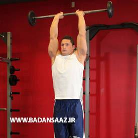 حرکت پشت بازو ایستاده با دمبل در بدنسازی